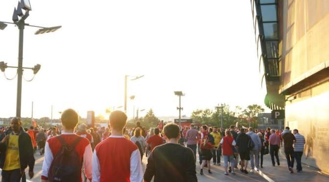 英国サッカー観戦の達人が教える プレミアリーグの出待ち事情